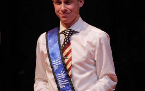 Crowning Competition: Mr. Mills 2016 Named