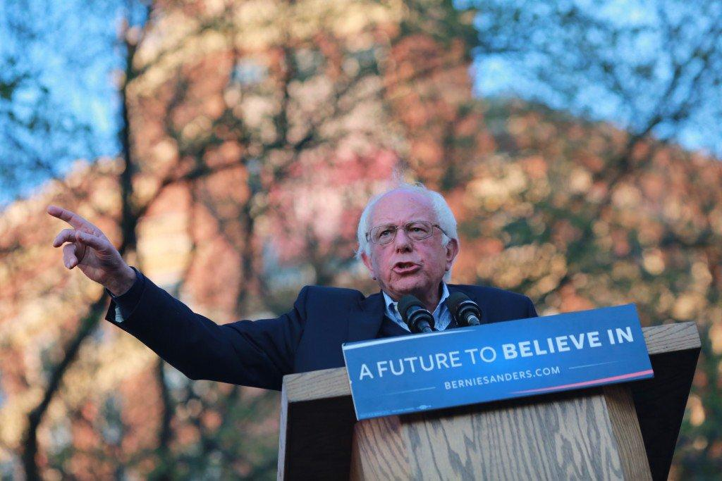 Bernie Sanders spoke to several thousand spectators on the New Haven Green Sunday in advance of Connecticut's Tuesday primary.