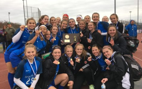 Girls soccer sails to state championship, defeating Plainfield