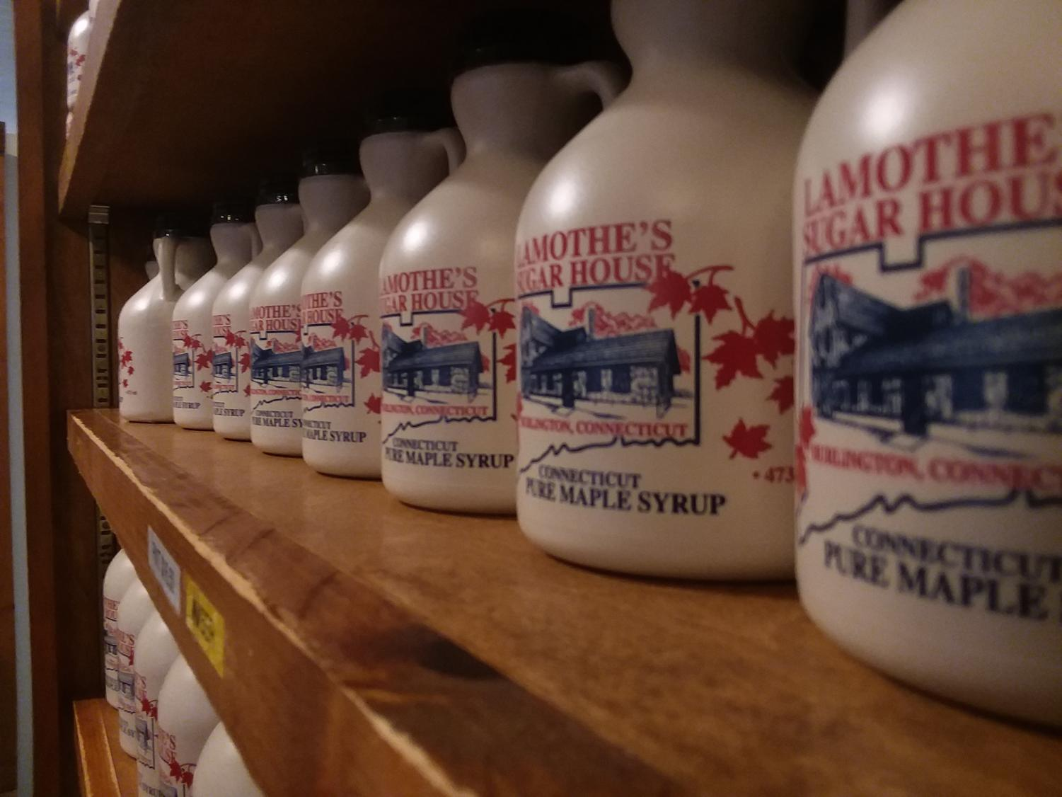 Lamothe%27s+Sugar+House+in+Burlington+is+in+the+midst+of+its+tapping+season.+The+owners+have+had+to+acclimate+to+changing+environmental+factors+to+deliver+its+trademark+syrup.+Kyle+Galvin+photo